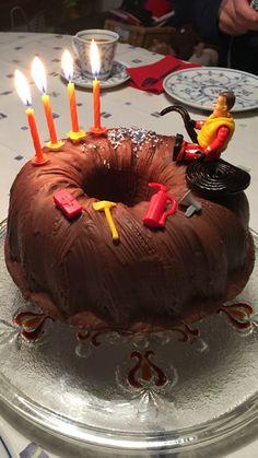 Birthday cake Firemen Sam Feuerwehr Feuerwehrmann Sam - Kinder & Baby World Fireman Sam Cake, Fireman Party, Firefighter Birthday, Boy Birthday, Birthday Cake, Brunch Cake, Fantasy Cake, Birthday Balloon Decorations, Chocolate Orange