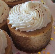 We love these Mini Pumpkin Cheesecakes via @weheartlocalbc