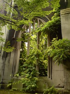 St Dunstan in the East Church Garden, St Dunstan's Hill, London, EC4