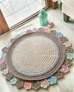 The crochet rug you saw in the picture. The diagram we dont have. But have pictures You can easily do it by looking at the picture. Crochet Rug o Crochet Afghans, Crochet Cushions, Crochet Pillow, Crochet Motif, Crochet Patterns, Blanket Patterns, Crochet Diagram, Unique Crochet, Crochet Round