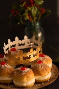 Roscón de Reyes con Medias Noches Dulcesol - Dulcesol