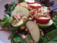 This beautiful healthy salad contains mixed greens with sliced apple and chopped, toasted almonds on top. Dressing is a light honey vinaigrette. This healthy salad makes a perfect lunch or dinner meal that is low in calories and high in fiber.     Also take a look at this Great Recipes to Detox your Body check out  this  wonderfulWebsite I found at: http://www.lipocleansesolu