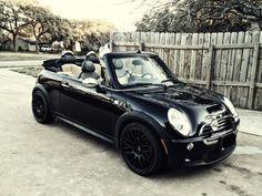 #lieberDschinni Ich wünsche mir so einen Mini Cooper Cabrio um mit diesem Gefährt die Stadt unsicher zu machen :D