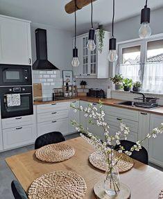 Home Decor Kitchen, Interior Design Kitchen, New Kitchen, Home Kitchens, Kitchen Ideas, Stylish Kitchen, Cuisines Design, Home Decor Inspiration, Kitchen Remodel
