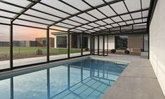 Pool Enclosure POPP PRESTIGE P5 harmonica system for easy manipulation, without a need of moving pool furniture while shifting the enclosure
