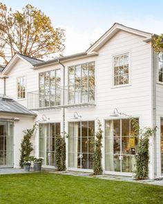 90 incredible modern farmhouse exterior design ideas (59) #ExteriorDesignColor