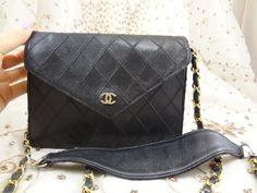 Authentic Vintage CHANEL Coco Wallet On Chain Messanger Shoulder Bag Purse T131