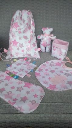 61 ideas baby stuff ideas nursing for 2019 Baby Girl Birthday Theme, Couture Bb, Personalised Gifts Diy, Diy Sewing Table, Expecting Mom Gifts, Christmas Gifts For Boys, Kit Bebe, Baby Presents, Baby Kit