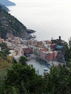 Italian Holiday Part 1 :: Cinque Terre, Italy - Just a Sliver 2 Days In Rome, Cinque Terre Italy, Bucket List Destinations, Great Vacations, The Places Youll Go, Italy Travel, Travel Photos, Around The Worlds, River