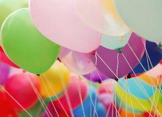 Trabalhamos com locação de decoração de festas com cenários em MDF e/ou balões. Atendemos a região de Jundiaí - SP