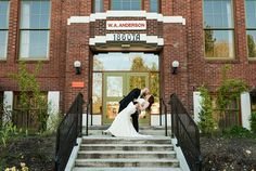 McMenamins has transformed historic Anderson School to include 72 guestrooms, restaurants, swimming pool, brewery, private event spaces complete with onsite catering, handcrafted beverages and more. Van Wyhe Photography #weddingvenue #weddingsinwoodinville #historicsite #beer
