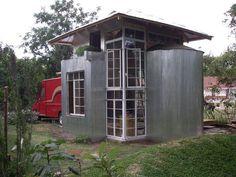 Tiny house on pinterest tiny house design tiny house for Smallhouse weberhaus