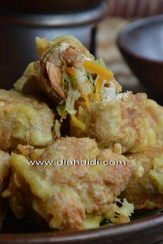 Diah Didi's Kitchen: Tahu Pong Berontak....!..^^ Indonesian Desserts, Indonesian Cuisine, Asian Desserts, Indonesian Recipes, Tofu Recipes, Indian Food Recipes, Asian Recipes, Cooking Recipes, Drink Recipes