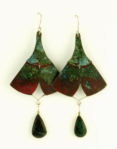 LES JUPES...Earrings. Copper, silver, jaspe, alcohol ink. Boucles d'oreilles en cuivre, argent et jaspe, patine aux encres à l'alcool.