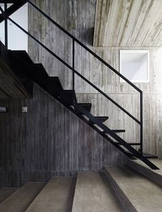 I'm liking the long tread of the lower concrete stairs -Takanawa House / Hiroyuki Ito + O. Metal Stairs, Concrete Stairs, Black Stairs, Stair Steps, Stair Railing, Railings, Glass Railing, Interior Stairs, Interior And Exterior
