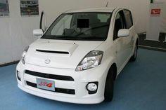 Daihatsu Boon X4 Sirion white