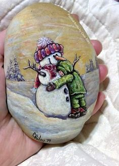 Christmas Rock, Christmas Store, Rock Crafts, Diy And Crafts, Painted Rocks Craft, Rock Decor, Rock Painting Designs, Rock Design, Nature Crafts