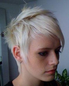 #short #blonde #hair
