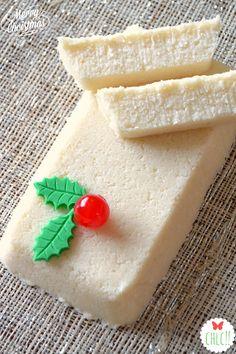 TURRON DE COCO (Thermomix) Vegan Dessert Recipes, Great Desserts, Pastry Recipes, Delicious Desserts, Cake Recipes, Nougat Recipe, Spanish Desserts, Homemade Sweets, Biscuits