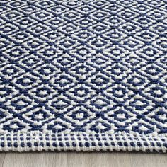 area rugs living rooms home decor ! 8 x 10 teppiche wohnzimmer wohnkultur area rugs living rooms home decor ! Navy And White Rug, Navy Rug, Navy And White Living Room, Room Rugs, Rugs In Living Room, Area Rugs, Construction Crafts, Rug Material, Woven Rug