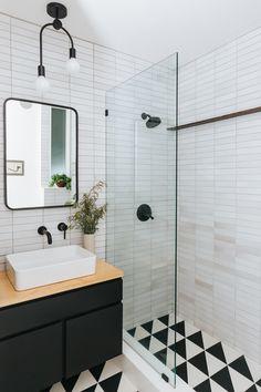Home Decor Farmhouse Trend Alert: Floating Vanities Cobalt + Gold Bathroom Trends, Bathroom Renovations, Home Remodeling, Bathroom Ideas, Remodel Bathroom, Bathroom Makeovers, Shower Ideas, Bath Ideas, Bad Inspiration