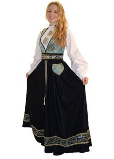 Family Halloween, Medieval Fantasy, Ethnic Fashion, Blue Bird, Bohemian, Costumes, Folklore, Norway, Outfits