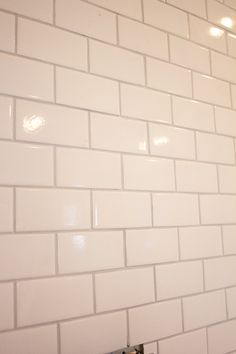 Kitchen Chronicles: A DIY Subway Tile Backsplash, Part 2  mapei warm gray