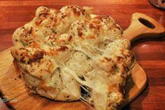 cheesy garlic pull apart knots recipe