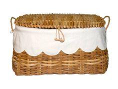 Summerill & Bishop. Scalloped linen liner inside picnic basket. Monogram?