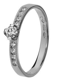 TiIlander Red Label -sormus Via Engagement Rings, Red, Label, Diamond, Jewelry, Enagement Rings, Wedding Rings, Jewlery, Jewerly
