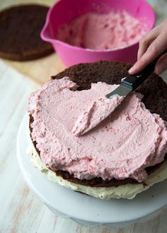 Charcuterie Board, Desert Recipes, Yummy Cakes, Recipies, Deserts, Ice Cream, Yummy Food, Favorite Recipes, Snacks