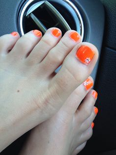 Summer toes :))