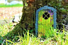 Fairy Garden Doors, Fairy Doors, Fairy Gardens, Hobbit, Enchanted Fairies, Fairy Village, Gnome Garden, Fairy Houses, Yard Art