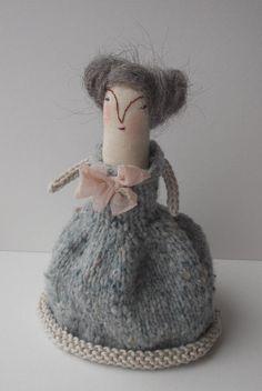 Natasha a folk art doll by maidolls on Etsy, Felt Dolls, Doll Toys, Russian Folk Art, Pink Moon, Soft Sculpture, Softies, Textile Art, Hand Stitching, Crochet Hats