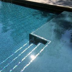 pool im garten ideen From Mediterranean mosaic patterns to iridescent glass and beyond, discover the top X best home swimming pool tile ideas. Swimming Pool Tiles, Swimming Pools Backyard, Swimming Pool Designs, Pool Landscaping, Lap Pools, Indoor Pools, Pool Decks, Pool Steps Inground, Garden Pool