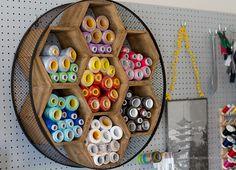 escritório em casa criativo - sala de artesanato - sala de costura - AndreasNotebook.com