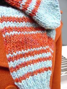 Another knitting pattern for mittens. I just want a plain color to start with.
