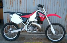'95 CR500...this bike is a beast