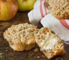 Fall Breakfast Recipe:  Streusel-Topped Apple Pie Muffins   Recipes from The Kitchn