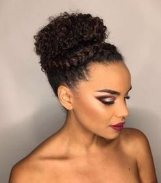penteado de festa cabelo crespo ou cacheado