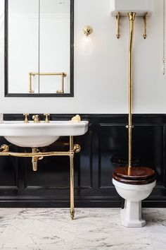 Traditional bathroom, with black gloss panelling, brass sanitaryware, raised cistern, marble floor and freestanding washbasin. Architects London, Polished Plaster, Bathroom Paneling, High Gloss Paint, Residential Architect, Black Floor, Roof Light, Marble Floor, Panelling