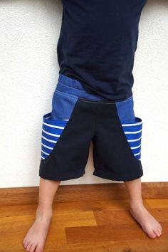 Bucket shorts (pattern Rabbit Rabbit Creations) - huisje boompje boefjes