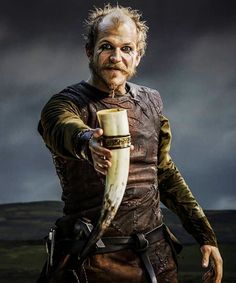 Floki, Vikings, great tv, powerful face, intense eyes, beard, love his character, portrait, photo