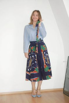 how to wear a midiskirt --> Oceanblue Style at Manderley #fashionblog #over40