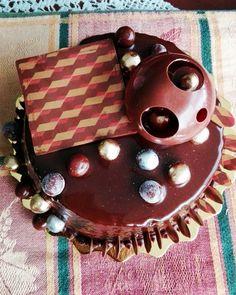 Cake de chocolate, arequipe y nuez😀