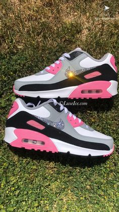 Nike Air Max 90 customized with Swarovski Crystals Gray Nike Shoes, Cute Nike Shoes, Cute Sneakers, Nike Air Shoes, Sneakers Nike, Jordan Shoes Girls, Nike Air Max For Women, Air Max 90, Nike Air Max 87