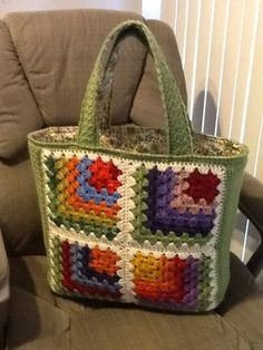 my mitered granny tote, using the mitered granny square pattern.