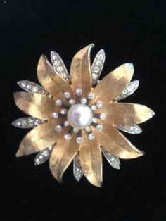 Sunburst Star Flower Pearls Rhinestones Brooch gold and silver tone brooch Signed Art.c