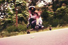 Travelettes » Push Don't Pollute – when female longboarders unite