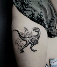 40 Tattoos for Women of All Ages - TattooBlend Dinosaur skeleto. - 40 Tattoos for Women of All Ages – TattooBlend Dinosaur skeleton by Katleen - Gamer Tattoos, Sexy Tattoos, Pretty Tattoos, Unique Tattoos, Beautiful Tattoos, Body Art Tattoos, Small Tattoos, Sleeve Tattoos, Tatoos